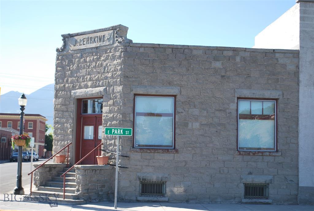 122 E Park Street, Livingston, MT 59047