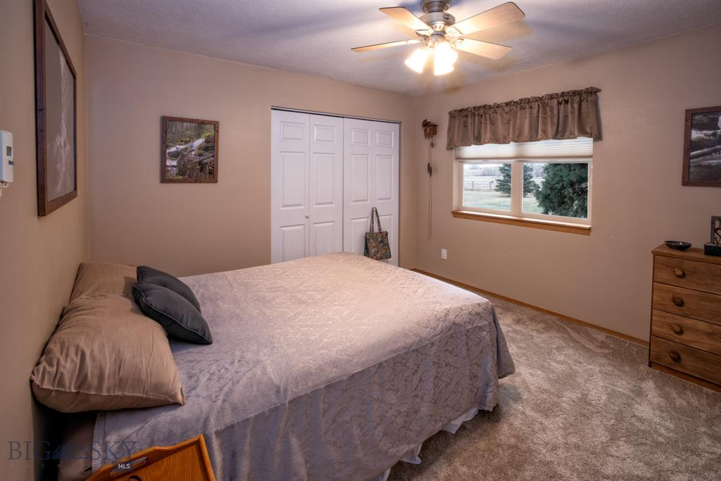 13830  Cottonwood Road, Bozeman, MT 59718