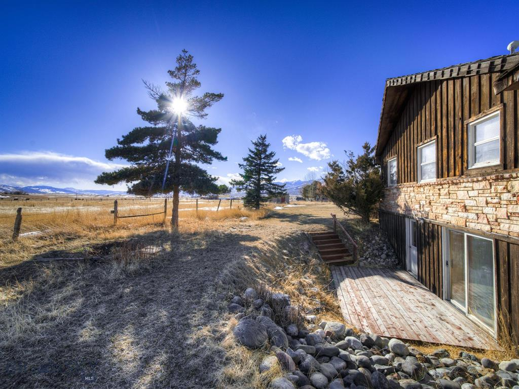 133  Pray Road, Livingston, MT 59047