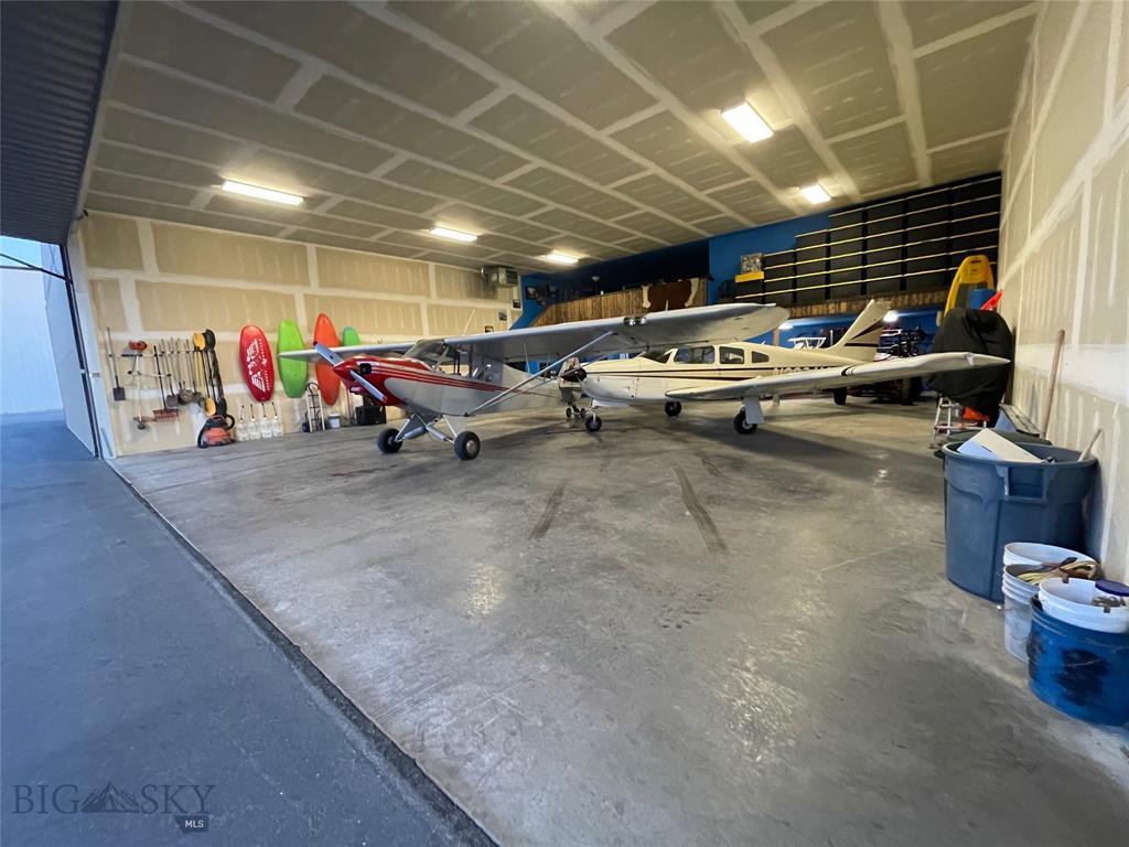 Hangar 167 B  Gallatin Field Airport, Belgrade, MT 59714