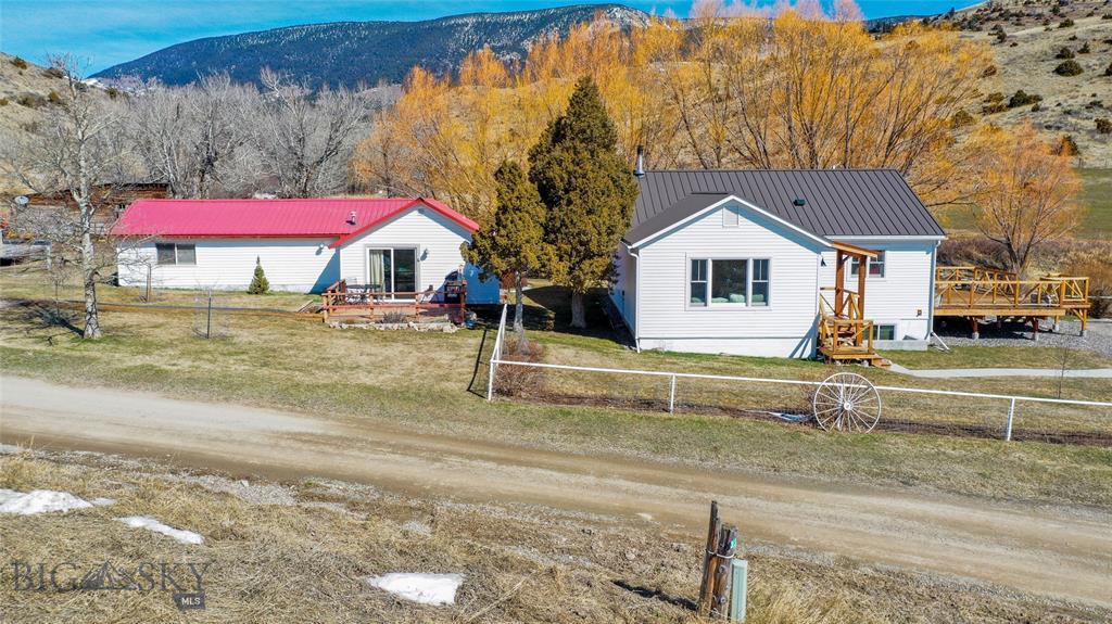 329  Strickland Creek Road, Livingston, MT 59047