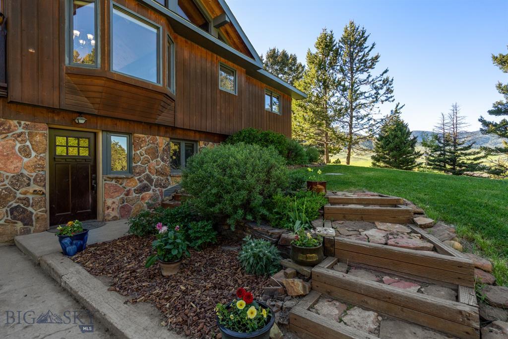 70  Lake Drive, Livingston, MT 59047